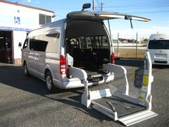 レジアスエースコミューター車椅子固定装置付き Dタイプ 10人