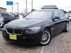 BMW750i MスポーツP 黒革シート サンルーフ 左ハンドル