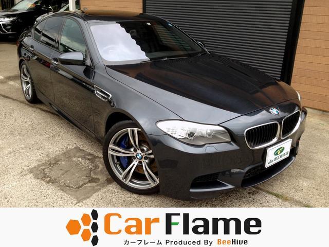 BMW M5 サンルーフ純正ナビFBカメラ本革Pシート電動リアゲート