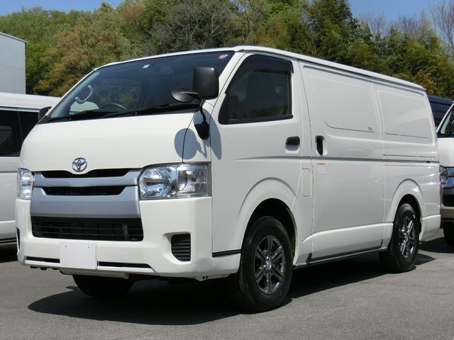 トヨタ クーリングバン 最低設定温度3℃ 冷蔵車 4WD ディーゼル