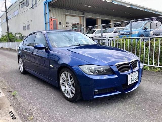 BMW 330i プッシュスタート/横滑り防止装置/タイヤ残山9/3000cc/ナビ/レザーパワーシート/
