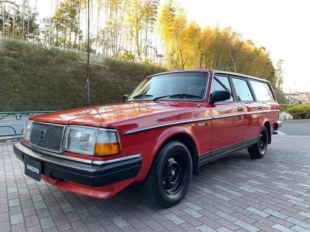 ボルボ 240GLワゴン 1990年モデル