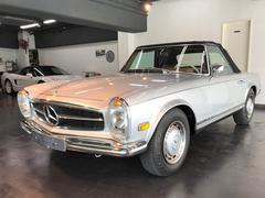 M・ベンツSLクラス280SL 1970年式 フルレストア車輌