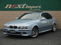 BMWM5 サンルーフ フルレザーシート シートヒーター 純正ナビ