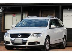 VW パサートヴァリアント2.0T 皮シート 1オーナー 記録簿 ETC HID