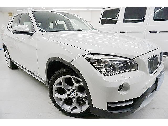 BMW xDrive 28i xライン 4WD・ターボ245馬力 後期型 純正8.8型ナビ コンフォートアクセス 電動半革シート 18アルミ LEDイルミ付HID シルバーエクステリア アイストップ 8AT ディーラー点検済 1オーナー禁煙