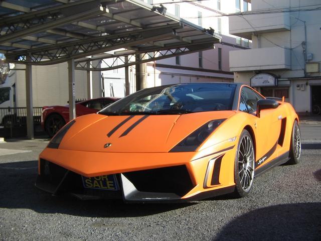 ランボルギーニ スーパーレジェーラ最終モデルオレンジラッピングッ
