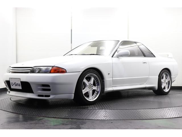 日産 GT-R レガロシート momoステアリング