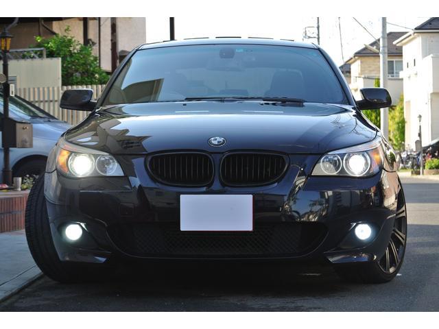 BMW 5シリーズ 530i Mスポーツパッケージ 黒革シート サンルーフ