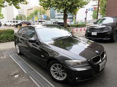 BMW320i 後期型 正規ディーラー下取車 1オーナー 禁煙車