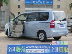 ノアX Lセレクション 福祉車両 助手席サイドリフトアップシート