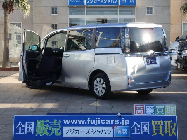 トヨタ 福祉車両 ウェルキャブ 助手席サイドリフトアップ
