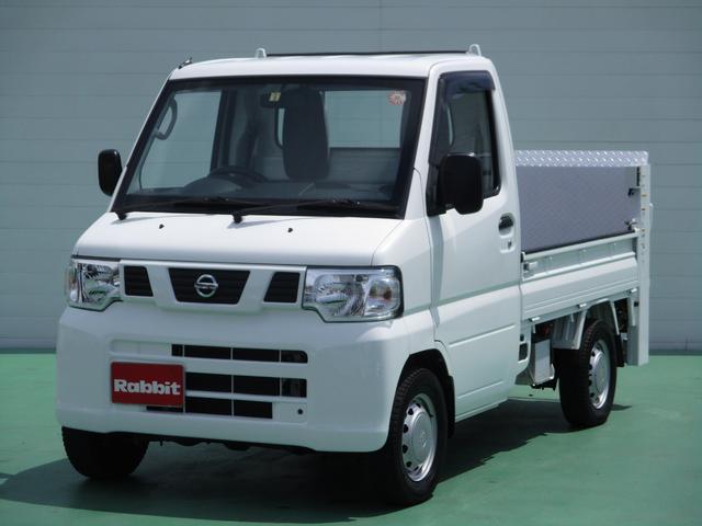 日産 垂直ゲート付 4WD 5速マニュアル
