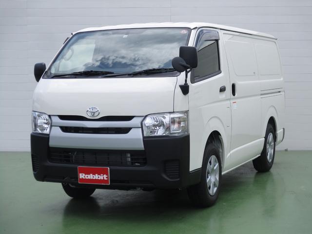トヨタ 2.8Dターボ 中温強化冷凍車 4WD