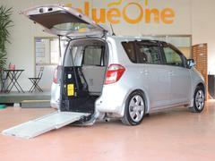 ラクティスG スローパー 車いす電動固定装置 車高降下装置 5人乗り