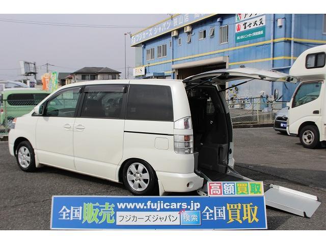 トヨタ X 福祉車両 リアスロープ サンルーフ 後退防止ベルト ナビ