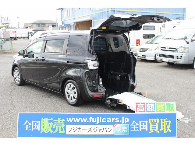 X ウェルキャブ 車いす仕様車タイプIセカンドシート付き(1枚目)