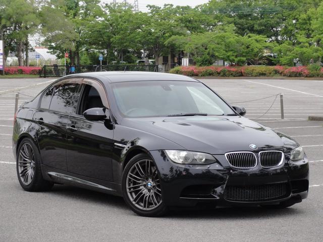 BMW M3 右ハンドル DCT CIC iドライブ フルオリジナル