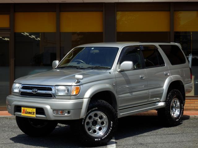 トヨタ SSR-X後期型ガソリンマニュアル 新品3インチUP 4WD