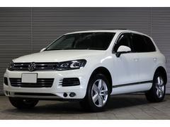 VW トゥアレグハイブリッド パノラマサンルーフ 黒革 ACC 19AW