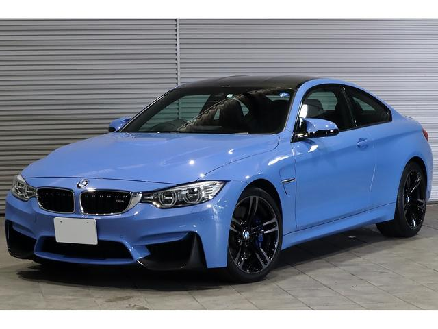 BMW M4クーペ M DCT 黒革 Mパフォカーボンパーツ