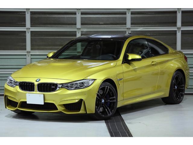 BMW M4クーペ 左H 6MT アダプティブMサスペンション 黒革