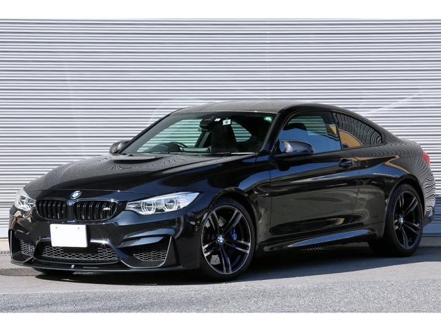 BMW M4クーペ アダプティブMサスペンション OP鍛造19インチAW カーボンディフューザー&トランクスポイラー アダプティブLEDライト Mスポーツシート HUD ドライビングアシスト iDriveナビ Bカメラ