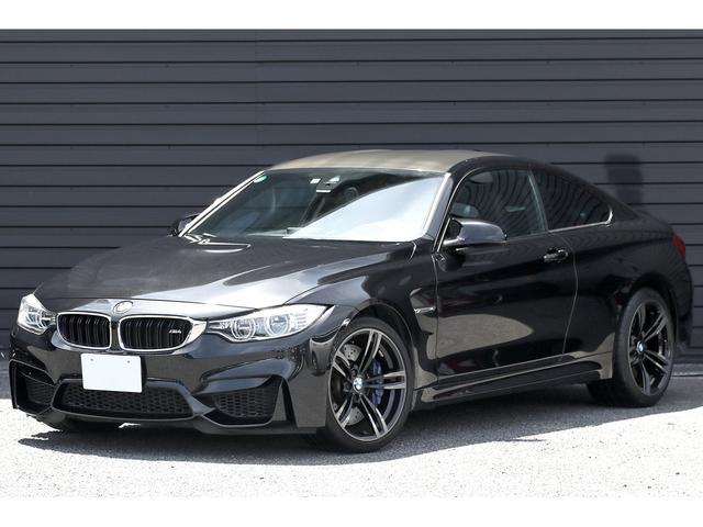 BMW M4クーペ 6速MT 左ハンドル OP鍛造19AW カーボンインテリアトリム ナッパレザーシート ドライビングアシスト レーンディパーチャー ヘッドアップディスプレイ アダプティブLED フルセグ バックカメラ