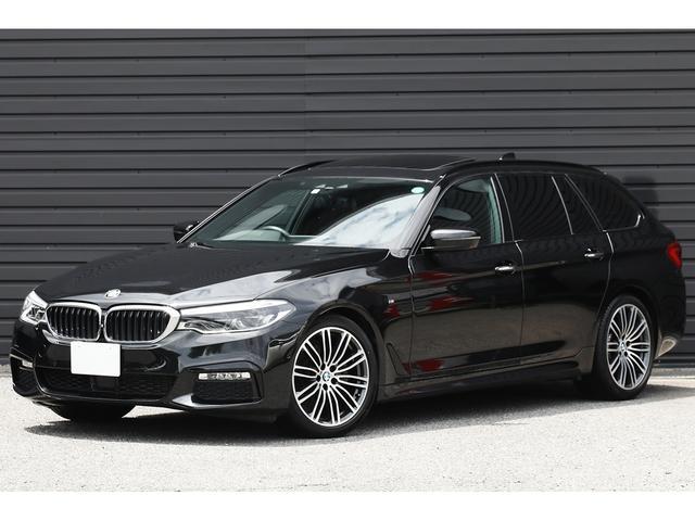 BMW 523dツーリング Mスポーツ 1オーナー ハイラインP パノラマSR 黒革 ドライビングアシストプラス MエアロダイナミクスPKG Mスポーツサス 19インチAW アダプティブLEDライト 前後Sヒーター タッチ式iDriveナビ