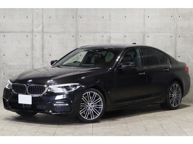 BMW 5シリーズ 530e Mスポーツアイパフォーマンス 1オーナー プラグインHV ハイラインPKG ダコタレザー 前後席シートヒーター ドライビングアシスト アダプティブLED Mスポーツサス ナビ フルセグ 3Dビュー 19インチAW 車検R4年10月