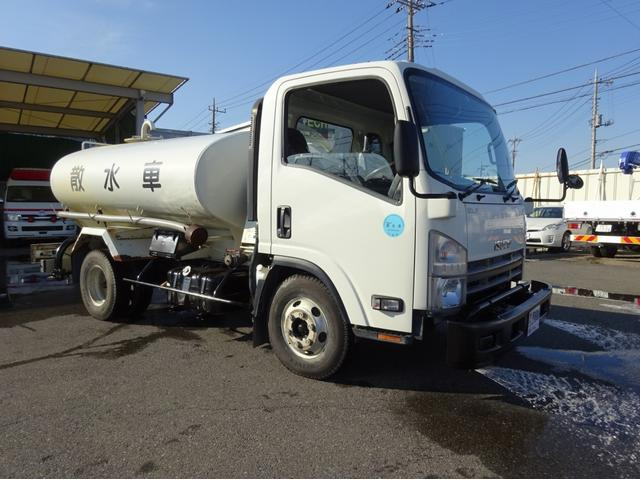 いすゞ 散水車 4トン(4KL)PTO式 前方圧力散水 新明和工業製