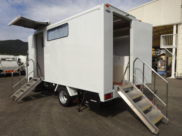 いすゞ 移動販売車 コンビニ 冷凍機 ガソリン発電機 0.45t積み