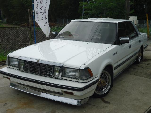 クラウン(トヨタ)中古車画像