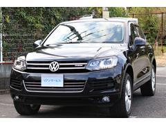 VW トゥアレグハイブリッド 全方向カメラ パワーゲート 黒革 エアサス