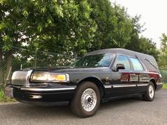 リンカーン タウンカーディーラー車 霊柩車 4人乗り 棺桶レール付き 観音開き