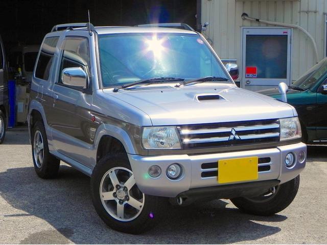 三菱 リミテッドエディションVR 背面タイヤ ルーフレール