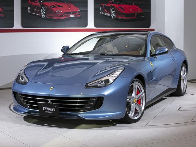 フェラーリ GTC4ルッソ  パノラマミックガラスルーフ フロントカメラ ペイントアルミホイールカーボンLEDステアリング カラーAピラー カラーダッシュボード カラーステアリング