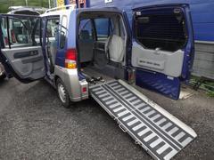 トッポBJスローパー福祉車両