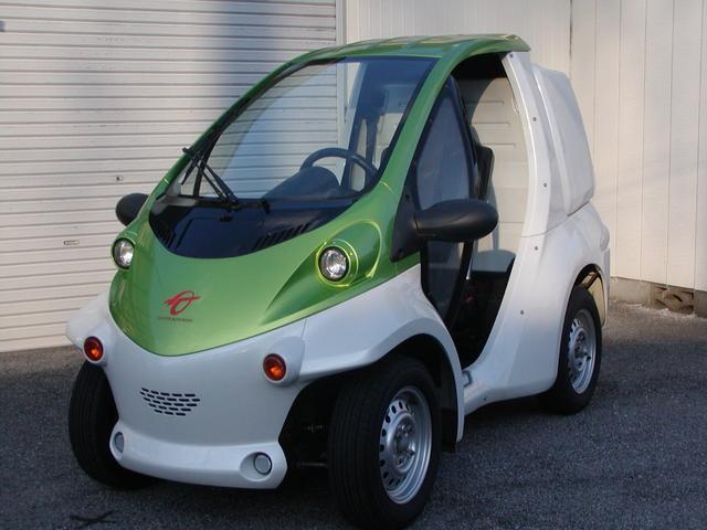 トヨタ コムス 小型電気自動車 EV 100V充電