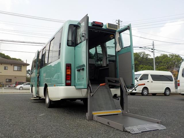 日産 シビリアンバス チェアキャブ リフタータイプ 福祉リフトバス 18人・車いす2脚 機械固定式 リアリフト 自動ドア オートステップ 手すり 回転対座シート ガソリン 消費税非課税
