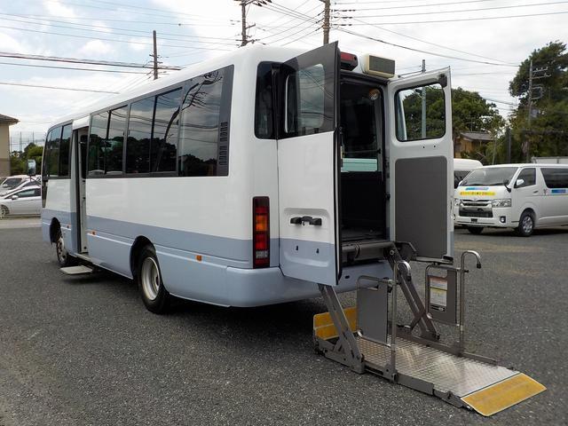 日産 シビリアンバス チェアキャブ リフタータイプ 福祉車両 18人・車いす4脚 リアリフト 機械式固定 自動ドア オートステップ 手すり ディーゼル 消費税非課税