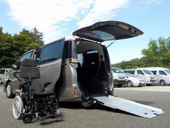 ヴォクシーウェルキャブ X スロープタイプIII ウェルチェア 福祉車両 電動ウェルチェア スマートキー 2017年モデル登録遅れ車両 自動ドア 消費税非課税