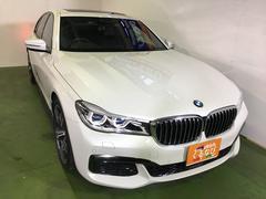 BMW740i Mスポーツ サンルーフ純正ナビF・B・Sカメラ