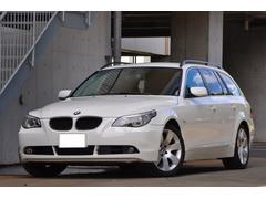 BMW525iツーリングハイラインパッケージ