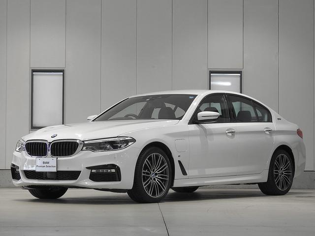 BMW 530e Mスポーツアイパフォーマンス レザーシート