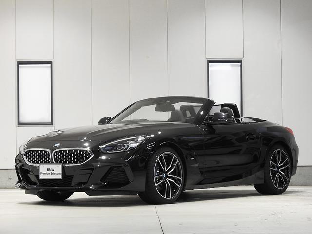 BMW sDrive20i Mスポーツ レザーシート 19inアルミ