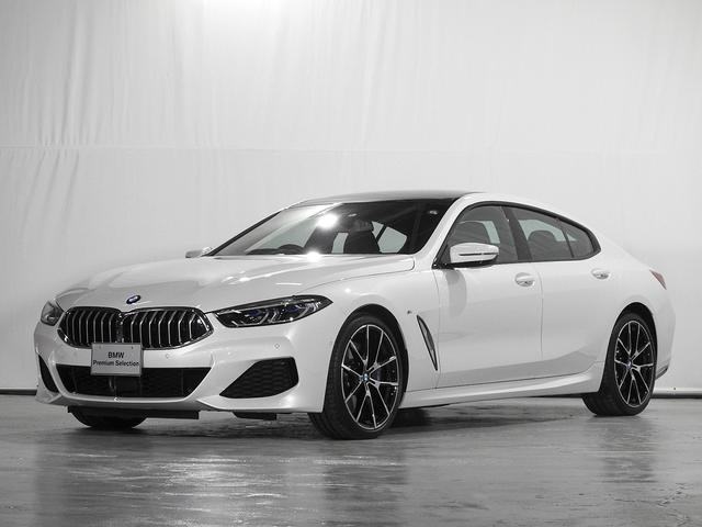 BMW 840i グランクーペ Mスポーツ 地デジ 全周囲カメラ 電動レザーシート 前後シートヒーター 後退アシスト ワイヤレス充電 ソフトクローズドア 駐車アシスト ACC 前後センサー レーザーライト 認定中古車