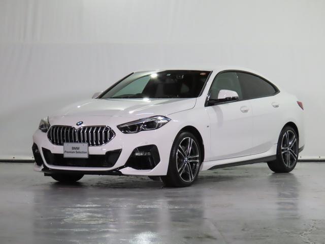 BMW 218iグランクーペ Mスポーツ 純正ドラレコ 電動スポーツシート 禁煙 HDDナビ リアカメラ 前後センサー 後退アシスト ドライビングアシスト ワイヤレス充電 18AW 1オーナー 認定中古車