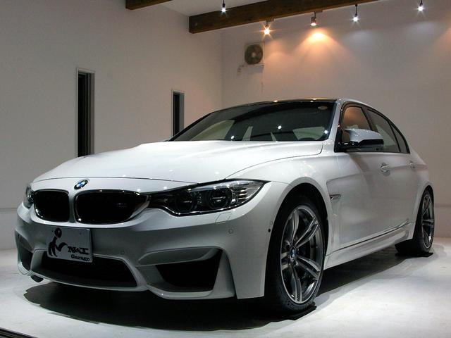 BMW M3 7速M-DCTアダプティブMサスPサポカーボントリム