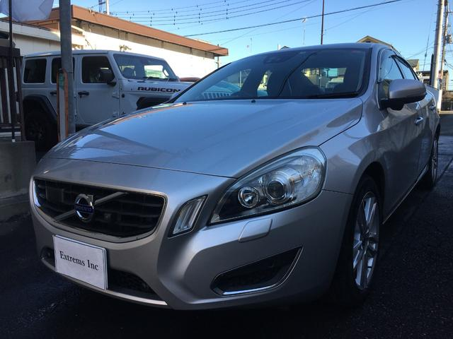 Photo of VOLVO S60 T6 AWD / used VOLVO